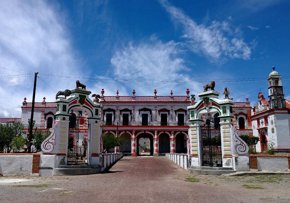 fachada de la Hacienda pulquera en Tlaxcala